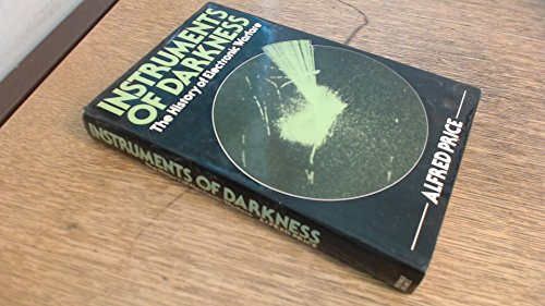9780354010627: Instruments of Darkness: History of Electronic Warfare