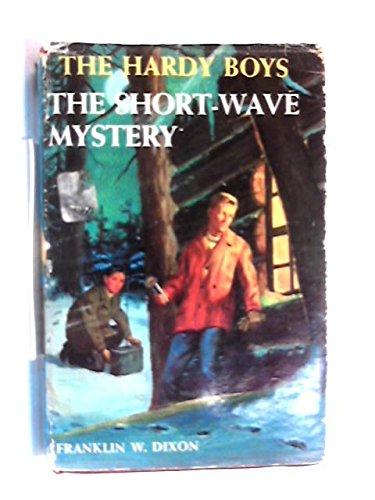 9780356014302: Short-wave Mystery (Hardy Boys)