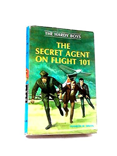 9780356027517: Secret Agent on Flight 101 (Hardy Boys mystery series)