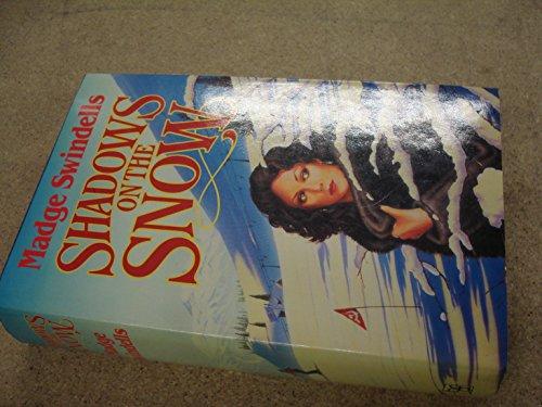 9780356108957: Shadows on the Snow