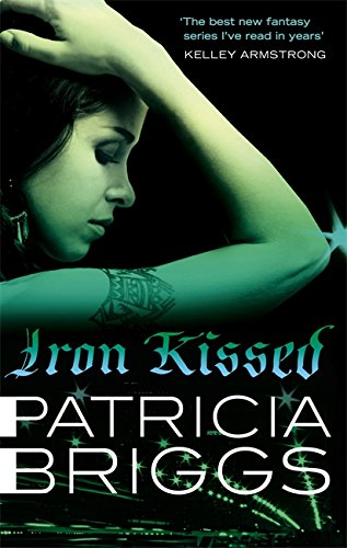 9780356500607: Iron Kissed (Mercy Thompson 3)