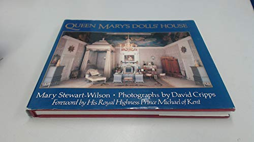 9780370311630: Queen Mary's Dolls House