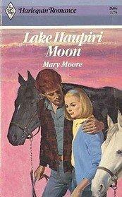 Lake Haupiri Moon: Moore, Mary