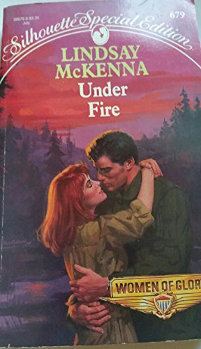 9780373096794: Under Fire (Women of Glory)