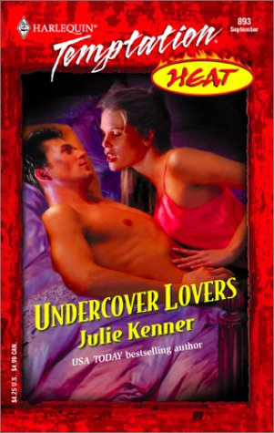 9780373259939: Undercover Lovers (Heat)
