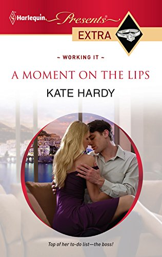 9780373528400: A Moment on the Lips
