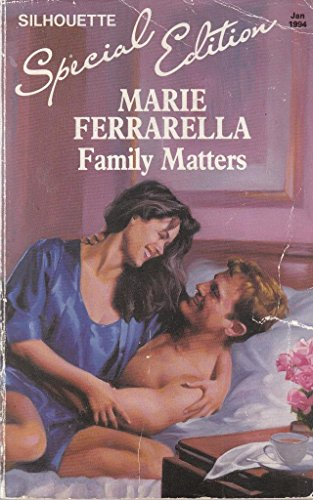 9780373590896: Family Matters