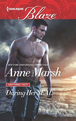 9780373798957: Daring Her SEAL (Uniformly Hot!)