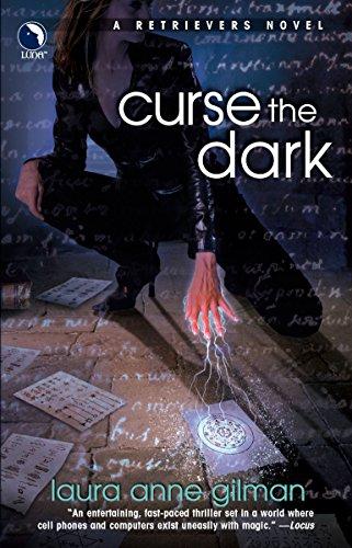 9780373802272: Curse The Dark (Retrievers, Book 2)