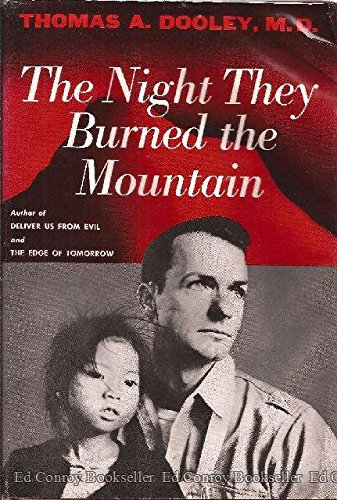 9780374222123: The Night They Burned the Mountain