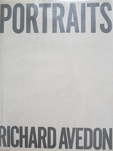 9780374236380: Portraits