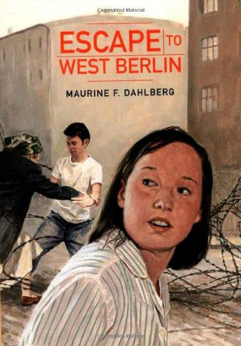 9780374309596: Escape to West Berlin
