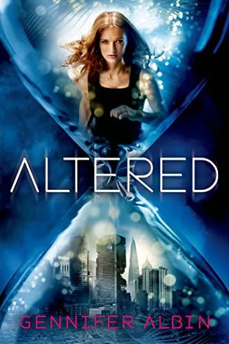 9780374316426: Altered (Crewel World)