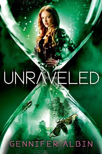 9780374316433: Unraveled (Crewel World)