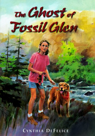 9780374317874: The Ghost of Fossil Glen (Ghost Mysteries)