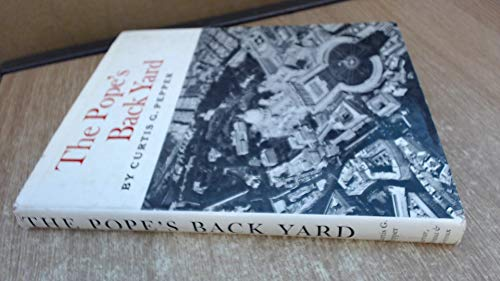 9780374360726: Pope's Back Yard