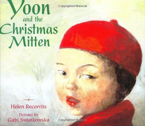 9780374386887: Yoon and the Christmas Mitten
