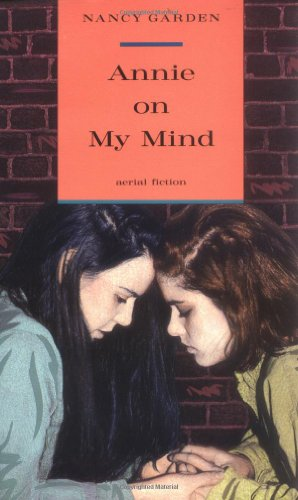 9780374404147: Annie on My Mind (Aerial fiction)