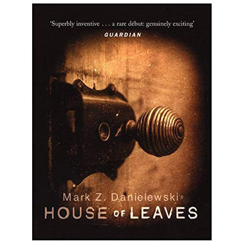 9780375407321: House of Leaves
