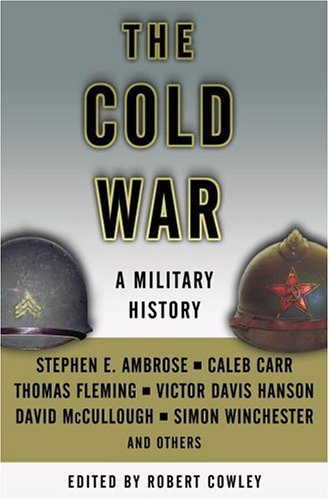 9780375509100: The Cold War: A Military History