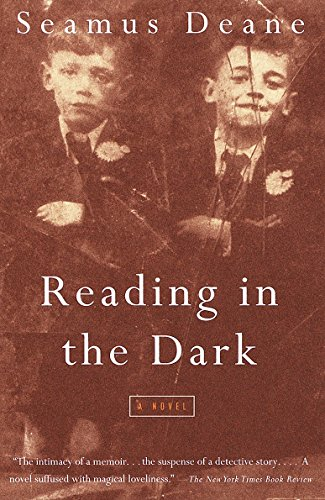 9780375700231: Reading in the Dark