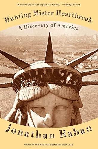 9780375701016: Hunting Mister Heartbreak: A Discovery of America (Vintage Departures)