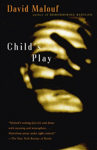 9780375701412: Child's Play (Vintage International)