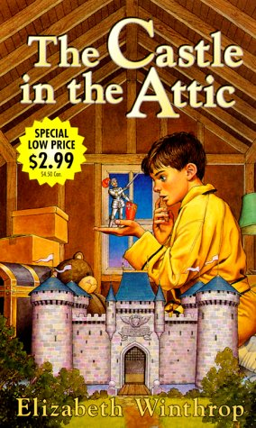 9780375806773: Castle in the Attic