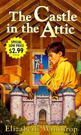 9780375806773: The Castle in the Attic
