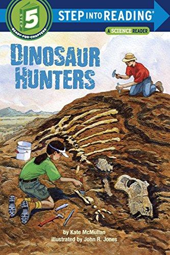 9780375824500: Dinosaur Hunters (Step Into Reading. Step 5)