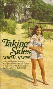 9780380005284: Taking Sides (An Avon Flare Book)
