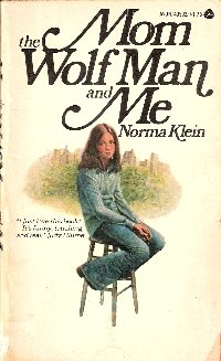 9780380434718: Mom the Wolf Man and Me