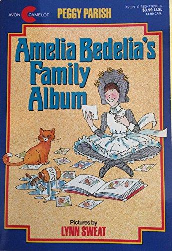 9780380716982: Amelia Bedelia's Family Album