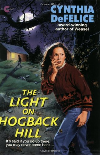 9780380723959: The Light on Hogback Hill