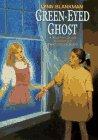 9780380786169: Green-Eyed Ghost (An Avon Camelot Book)