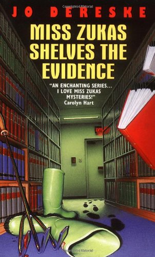 Miss Zukas Shelves the Evidence (Miss Zukas Mysteries) (0380804743) by Jo Dereske