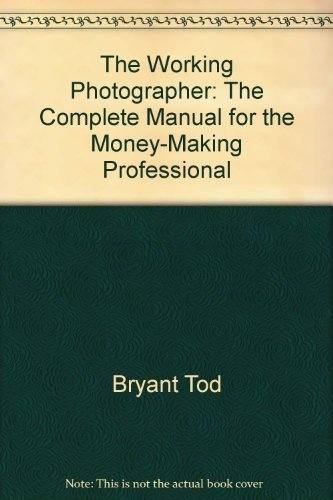9780380895267: The working photographer: The complete manual for the money-making professional