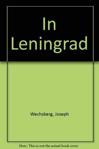 9780385015639: In Leningrad