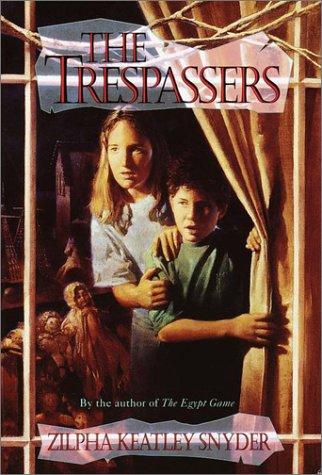 9780385310550: The Trespassers