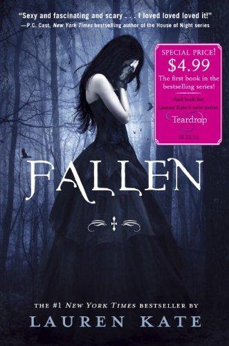 9780385376112: Fallen