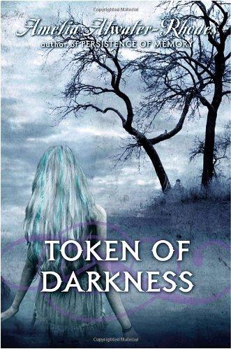 9780385737500: Token of Darkness (Den of Shadows)