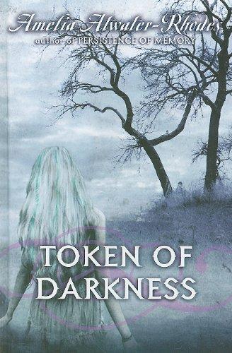 9780385906708: Token of Darkness (Den of Shadows)