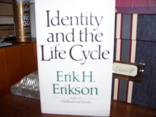 9780393009491: Identity and the Life Cycle