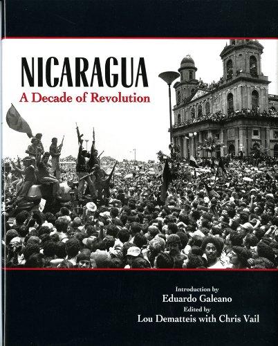 9780393029659: Nicaragua: A Decade of Revolution