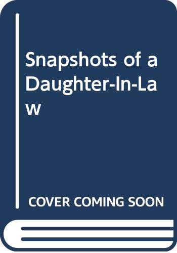 9780393042559: Snapshots of a Daughter-In-Law