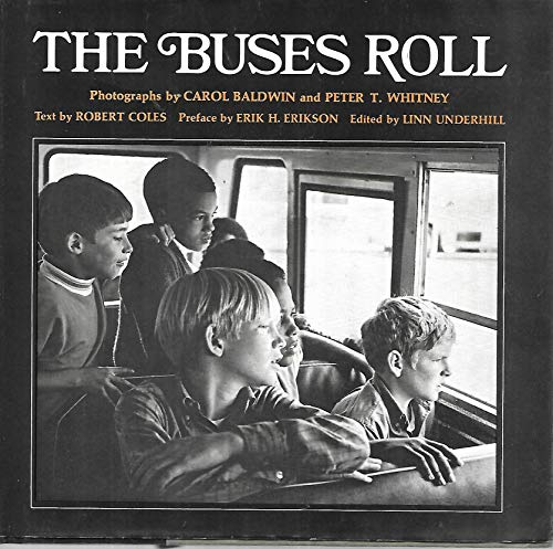 9780393055290: The Buses Roll