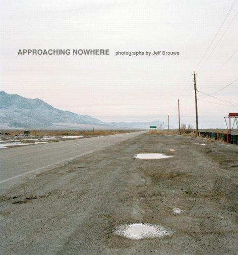 9780393065398: Approaching Nowhere