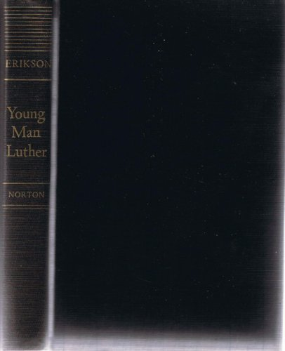 9780393073652: Young man Luther : a study in psychoanalysis and history