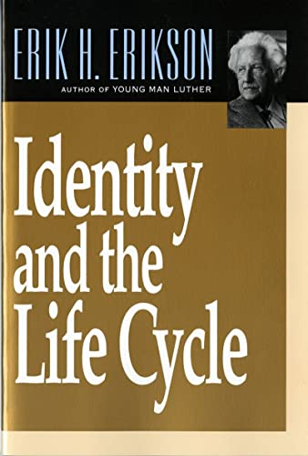 9780393311327: Identity and the Life Cycle