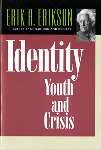 9780393311440: Identity: Youth and Crisis (Austen Riggs Monograph)